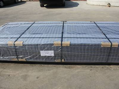2 in × 2 in welded wire lath panels are packed in pallets, with plastic film and fastener wrapped.
